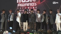Red Carpet with Stray Kids(스트레이 키즈)│2018 MAMA FANS' CHOICE in JAPAN